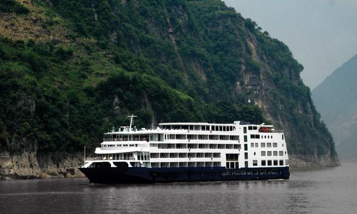 Круизное судоходство на реке Янцзы, фото