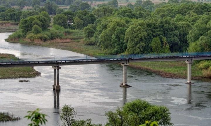 Мост через реку Сейм в Рыльске, фото