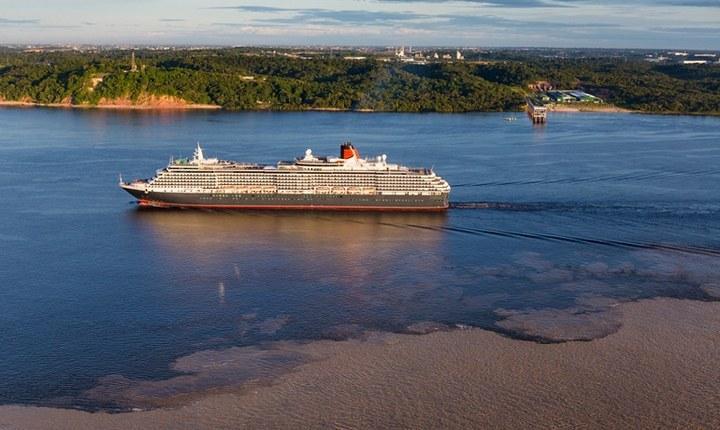 Океанские лайнеры на реке Амазонка, фото