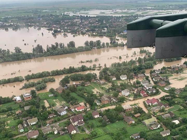 Подъем воды в Днестре, фото