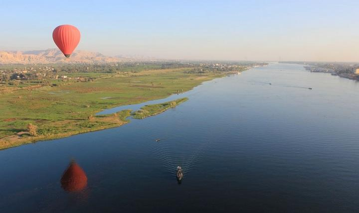Река Нил с воздушного шара, фото