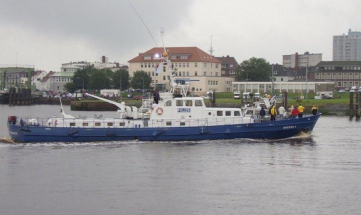Водная полиция на реке Рейн, фото