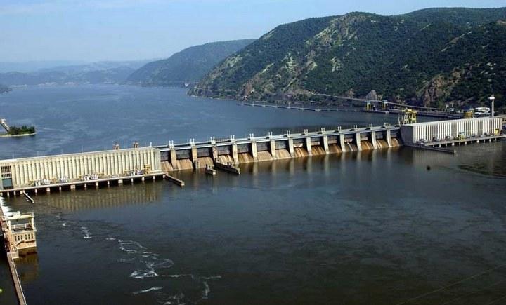 Джердап I (Железные ворота I) — гидроэлектростанция на Дунае