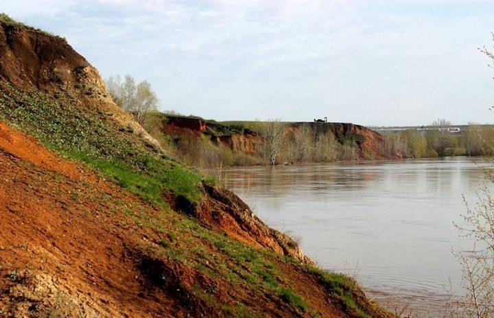 Зубочистенский грабен на р. Урал, фото