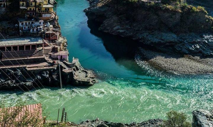 Исток реки Ганг, фото