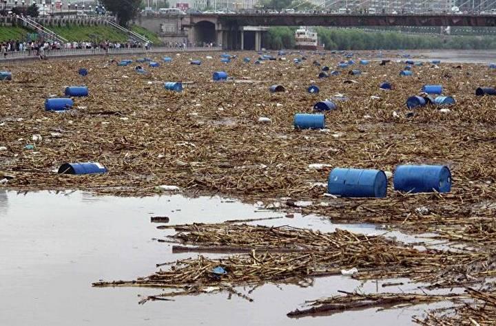 Случаи загрязнения бассейна реки Амур со стороны Китая, фото