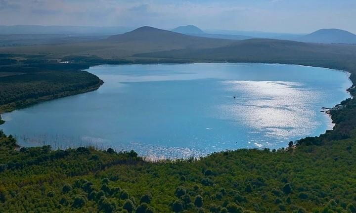 Озеро Тамбукан, фото