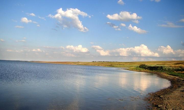 Озеро Большое Яшалтинское, фото