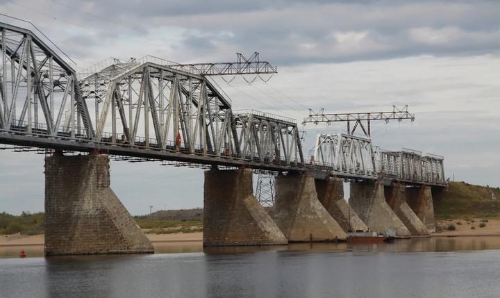 Печорский железнодорожный мост, фото